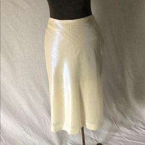 Iridescent yellow Pencil skirt